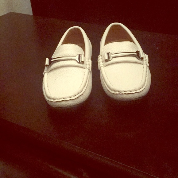 youth white dress shoes